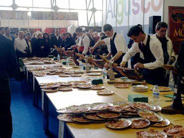 Concurso feria corte de jamón ibérico bellota orteconcepción jamoneros y cuchillos