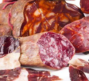 jamon y derivados do jamon de Huelva por do Jabugo jamon jamonero cuchillo